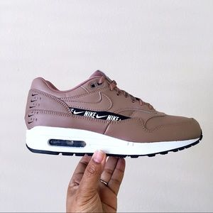 Nike Air Max 1 Special Edition Women Size 8.5